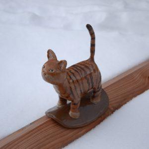 Katze stehend Dachfigur aus Keramik